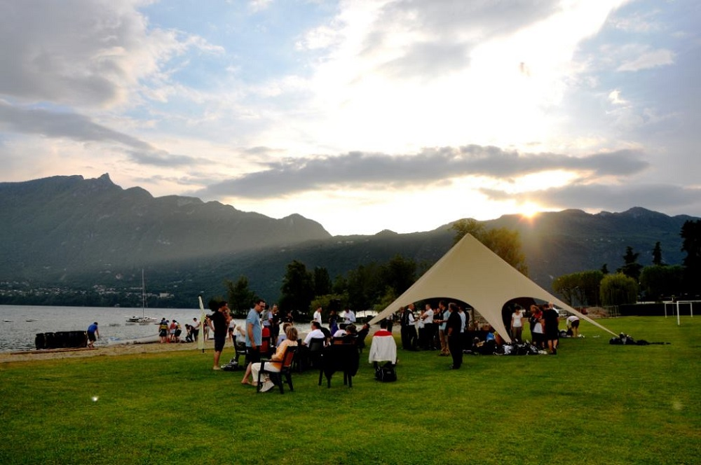 beach party grenoble tente